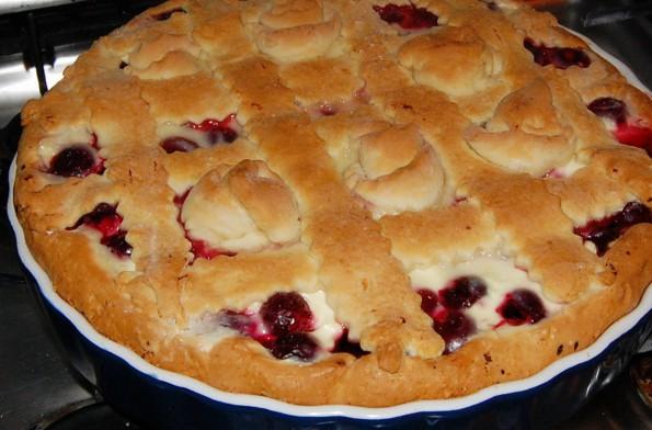 Готовый пирог по-киевски