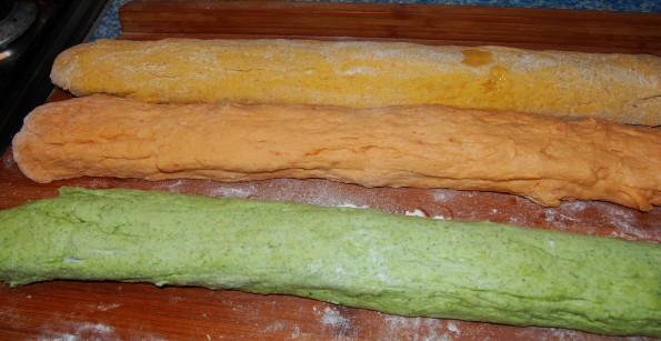 Колбаски из теста
